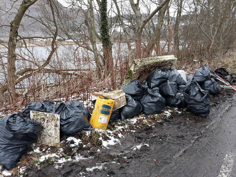Blue Tay for a Blue Planet Litter pick